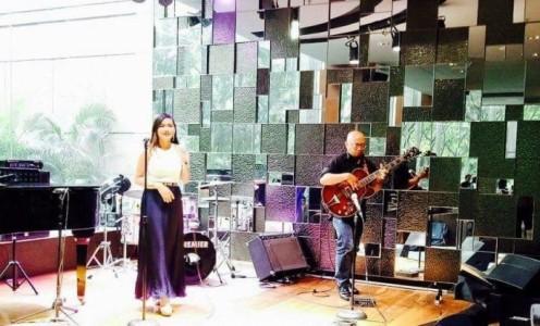 Doona and Allan Acoustic Duo - Duo