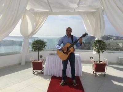 Wedding Singer Santorini - Guitar Singer