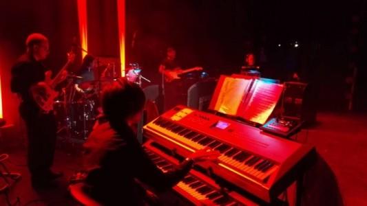 Josh Weaver - Pianist / Keyboardist