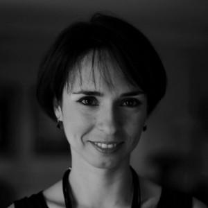 Selen Adamadze - Female Singer