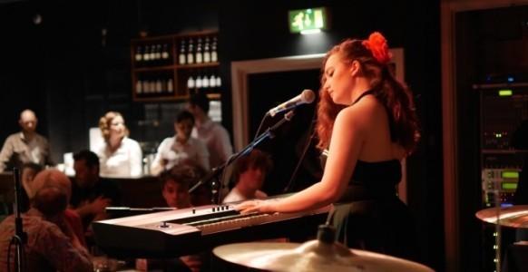Charlotte Rose - Pianist / Singer