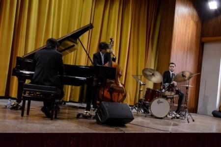 Angelo Di Leonforte Trio image