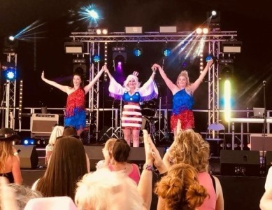 Definitely Dolly - Dolly Parton Tribute Act & Impersonator  - Dolly Parton Tribute Act