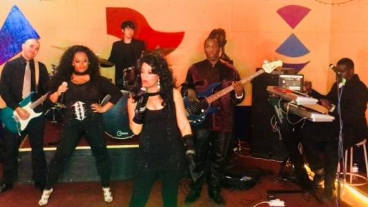 NFAMOUS  - Soul / Motown Band
