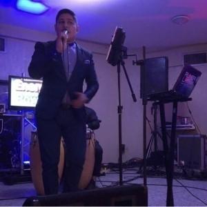 Evin Ramos - Male Singer
