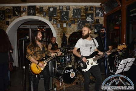 Nie (ZAPIRKA) Drugarite - Rock Band