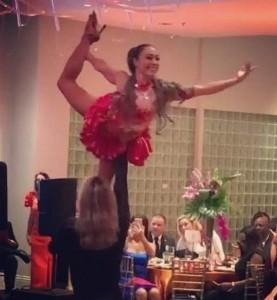 Salsa acrobatic couple Gabriel  & Claudia  - Dance Act