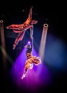 Duo Idols - Aerialist / Acrobat