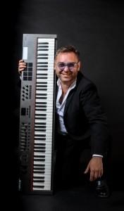 Marcelo Augusto Hidalgo Robles - Pianist / Keyboardist