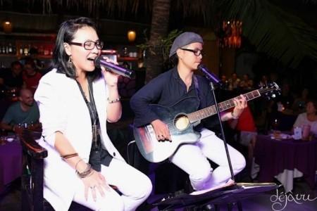 Carmen & Denise - Acoustic Band