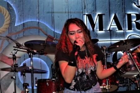 voicediva - Female Singer