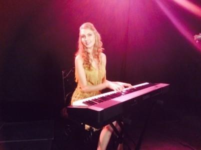 Nadezhda Bazhenova Göksu - Pianist / Keyboardist