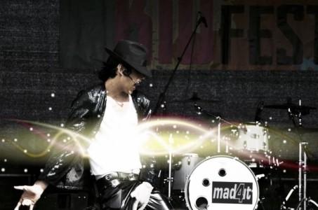 Mitch Mimms as Michael Jackson - Michael Jackson Tribute Act