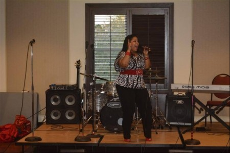 Natasha Cash - Female Singer