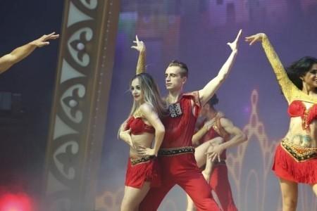 Couple dancers  - Male Dancer