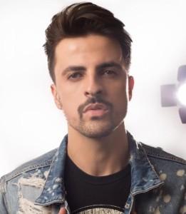 Rodrigo  - Pianist / Singer