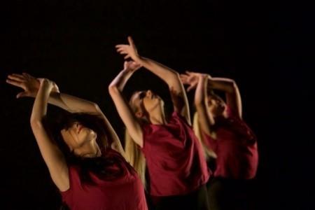 Zoe McIntyre - Female Dancer