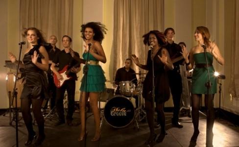 Hula Groove - Soul / Motown Band
