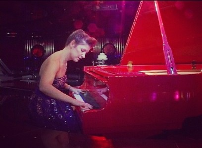 Angelica - Pianist / Singer