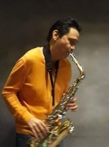 Leo Z. Soloist/Vocalist/Guitarist/Saxophonist  - Acoustic Guitarist / Vocalist