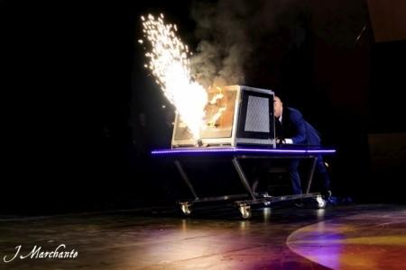 Flashback Magic - Stage Illusionist