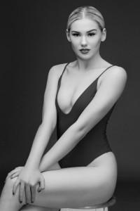 Annie Garratt - Female Dancer