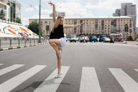 Olga - Female Dancer