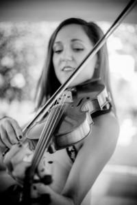 Naomi Wilmshurst - Violinist