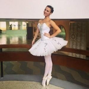Olesia Prykhodko  - Female Dancer