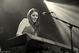 Scarlett Brais - Pianist / Singer