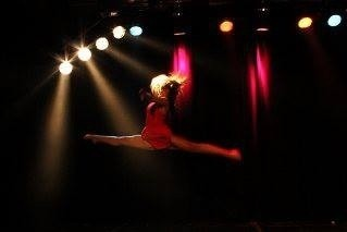 Lauren Davidson  - Female Dancer