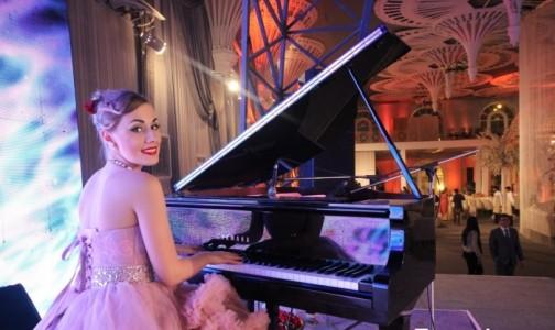 Sofia Karatun - Pianist / Keyboardist