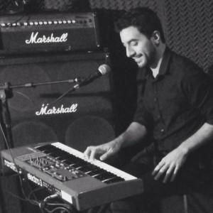 David Ferreyra - Pianist / Singer
