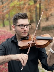 Adam Kujawa - Violinist