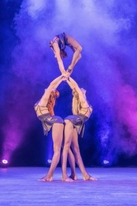 Trio Essence - Acrobalance / Adagio / Hand to Hand Act