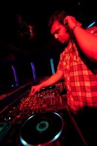 LEHARI - Nightclub DJ
