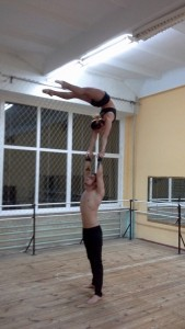 Duo hand to hand - Alona&Stas - Acrobalance / Adagio / Hand to Hand Act