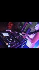 MissG - Nightclub DJ