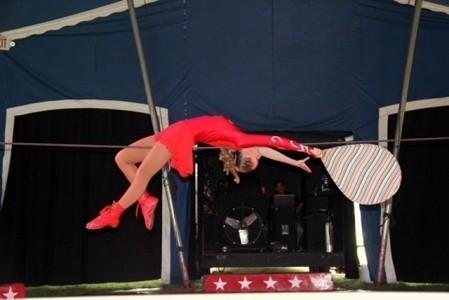 Emilie Dean  - Aerialist / Acrobat
