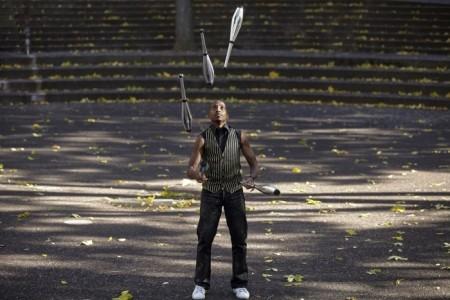 Hip Hop Juggler - Juggler