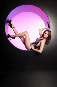 Samantha Tracey - Female Dancer
