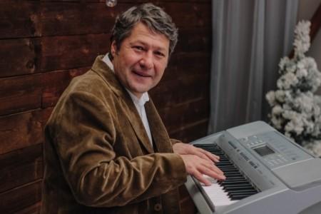 Mansur - Pianist / Keyboardist