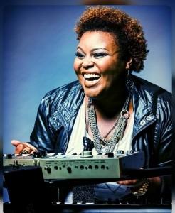 NaTasha Rogers | #THETALKBOXQUEEN  - Pianist / Singer
