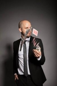 Chris Piercy - Close-up Magician