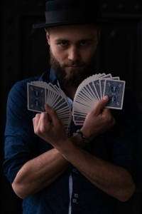 Magio - Close-up Magician