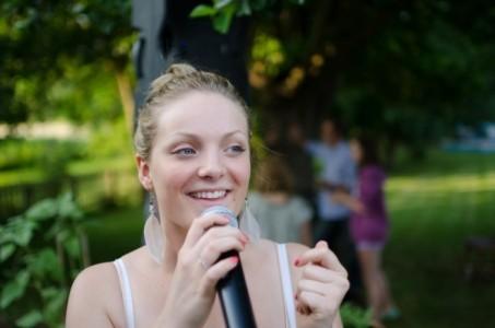 Olivia Russell - Female Singer