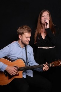 Sarah and Ben Duo - Acoustic Guitarist / Vocalist