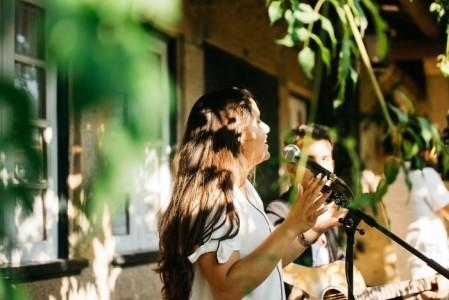 Mary & Alex - Acoustic Guitarist / Vocalist