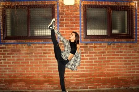 Summa Ferguson Hook - Female Dancer