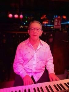 Arsenio José Perona Llorca - Pianist / Keyboardist